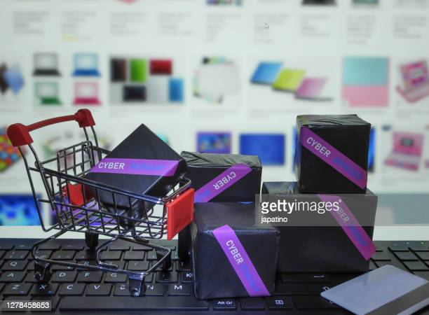 cyber monday - cyber monday stock pictures, royalty-free photos & images