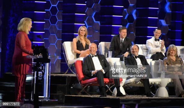 Cybill Shepherd and Bruce Willis Kevin Pollak Martha Stewart Nikki Glaser Edward Norton and Joseph GordonLevitt attend the Comedy Central Roast of...