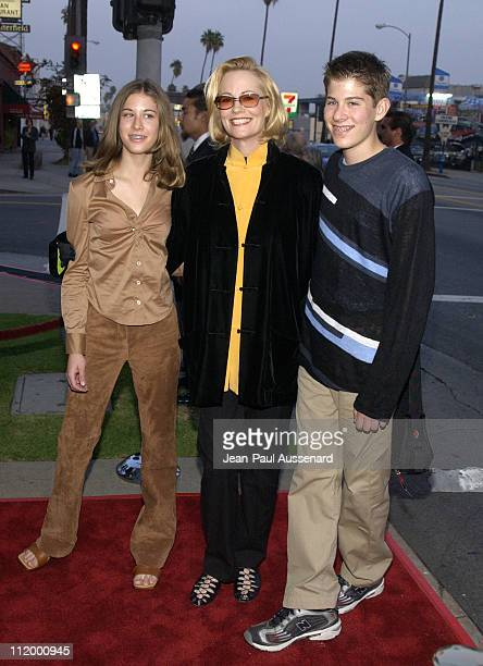 Cybill Shepherd daughter Ariel son Zachariah during 'The Cat's Meow' Los Angeles Premiere at Harmony Gold in Hollywood California United States