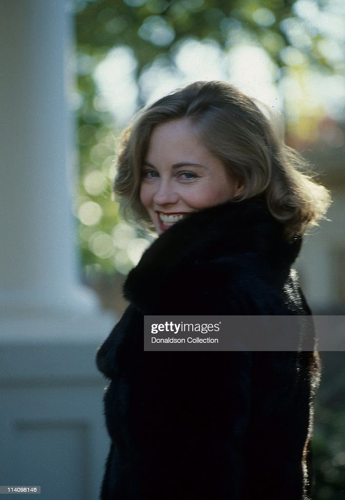 Cybill Shepherd Portrait : News Photo