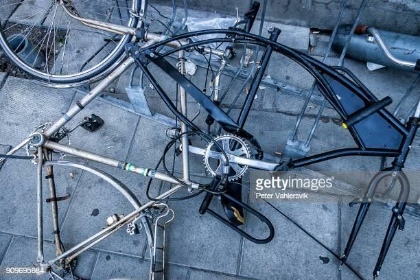 ciclo basura - human powered vehicle fotografías e imágenes de stock
