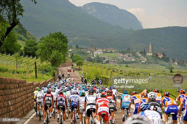 100th Giro d'Italia 2009 / Stage 5 Illustration Illustratie / Peleton Peloton / Vignyards Vignobles Wijngaarden / Landscape Paysage Landschap / San...