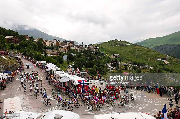100th Tour de France 2013 / Stage 18 Illustration Illustratie / Peleton Peloton / ALPE d'HUEZ City Ville Stad Public Publiek Spectators Fans...