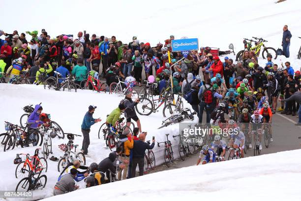 100th Tour of Italy 2017 / Stage 16 Peloton / Passo Dello Stelvio Mountains / Tom DUMOULIN Pink Leader Jersey / Thibaut PINOT / Vincenzo NIBALI /...