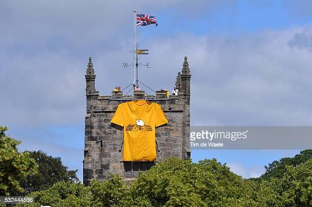 101th Tour de France / Stage 1 Illustration Illustratie / Yellow Leader Jersey / Castle Chateau Kasteel / Leeds - Harrogate / Ronde van Frankrijk TDF...