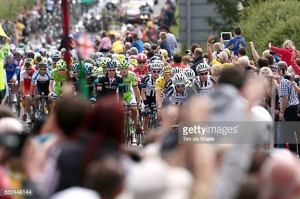 101th Tour de France / Stage 2 Illustration Illustratie / Peleton Peloton / Public Publiek Spectators / Fans Supporters / Flag Drapeau Vlag /...