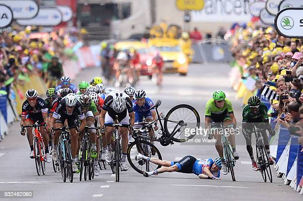 101th Tour de France / Stage 7 Arrival Sprint / TALANSKY Andrew Crash Chute Val / TRENTIN Matteo / SAGAN Peter Green Jersey / GALLOPIN Tony /...