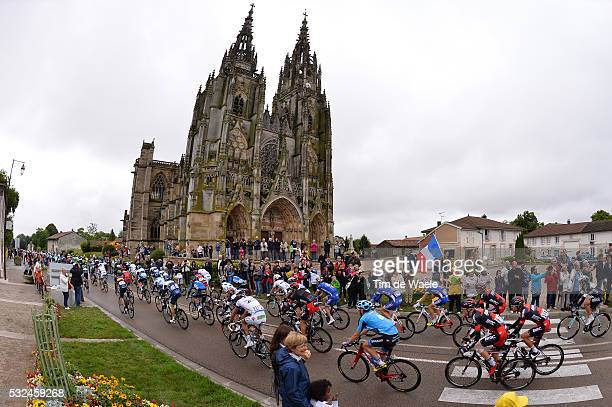 101th Tour de France / Stage 7 Illustration Illustratie / Peleton Peloton / LEPINE City Ville Stad Church Eglise Kerk / Landscape Paysage Landschap /...