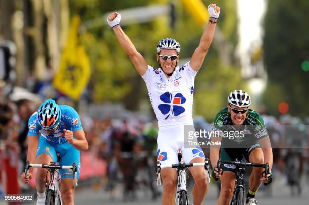102Nd Paris-Toursarrival, Philippe Gilbert Celebration Joie Vreugde, Jan Kuyckx , Sebastien Turgot /Saint-Arnoult-En-Yvelines - Tours , Parijs, Tim...