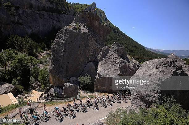 102nd Tour de France / Stage 16 Illustration Illustratie / Peleton Peloton / Luc-En-Diois 545m / Mountains Montagnes Bergen / Landscape Paysage...