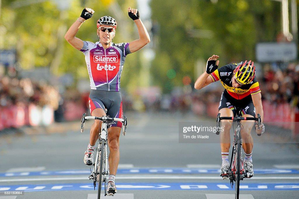 'Cycling: 103th Paris - Tours 2009 Arrival / Philippe GILBERT (Bel) Celebration Joie Vreugde / Tom BOONEN (Bel) Deception Teleurstelling / Chartres - Tours (230 Km) / (c) Tim De Waele'