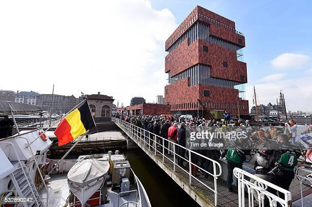 103th Scheldeprijs 2015 Illustration Illustratie / Start Departure / Antwerpen City Peleton Peloton / MAS Museum Bridge / Landscape Paysage Landschap...
