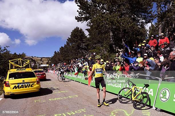 103th Tour de France 2016 / Stage 12 Christopher FROOME Yellow Leader Jersey / Broken Bike / Mechanical Problem / Montpellier - Mont Ventoux / Chalet...