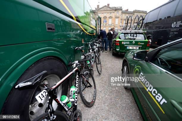 112Th Paris Roubaix 2014 Start Colnago Bike Velo Fiets Car Voiture Auto Team Europcar / Paris Roubaix / Parijs Pr / Tim De Waele