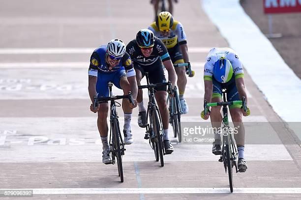 114th Paris - Roubaix 2016 Arrival / BOONEN Tom / HAYMAN Matthew / VANMARCKE Sep / STANNARD Ian / Compiegne - Roubaix / Parijs PR / Tim De...