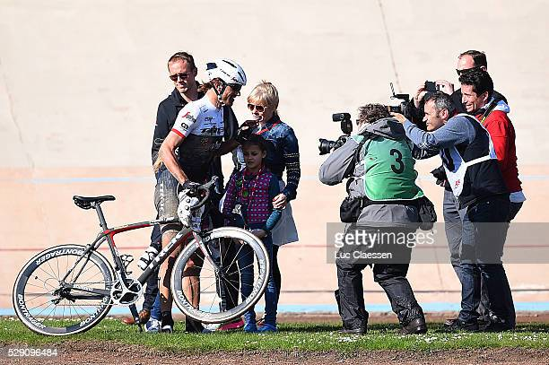 114th Paris - Roubaix 2016 CANCELLARA Fabian / Wife Stefanie / Daughter Guiliana / Elina / Family / Pers Press / Compiegne - Roubaix / Parijs PR /...