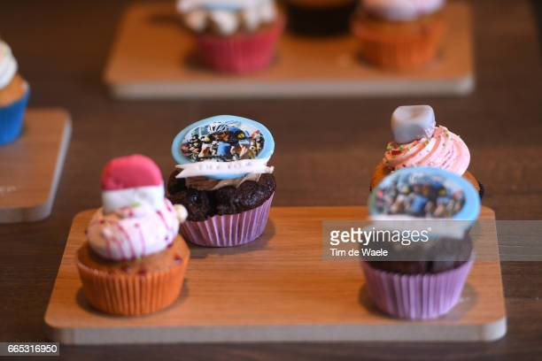 115th Paris Roubaix 2017 / PC Team QuickstepFloors Illustration / Tom BOONEN / Cake/ Team QuickstepFloors / QS / Press Conference / PR /