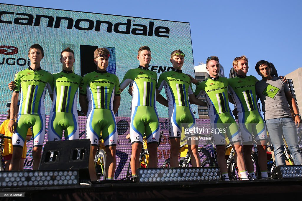 Cycling: 16th Santos Tour Down Under 2014/ Team Presentation : ニュース写真