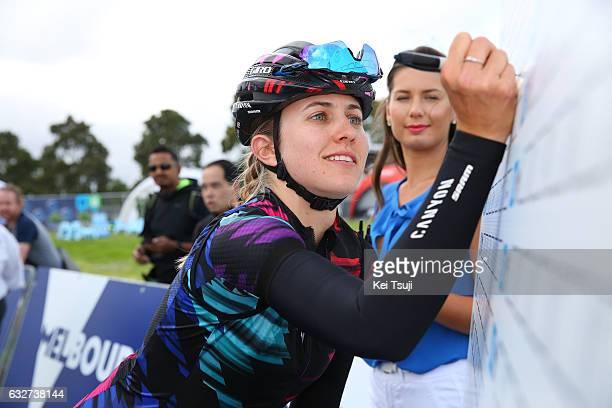 1st Toward Zero Race Melbourne / Cadel Evans Albert Park GP / Women Start / Alexis RYAN / Albert Park F1 GP Circuit Albert Park F1 GP Circuit / /...