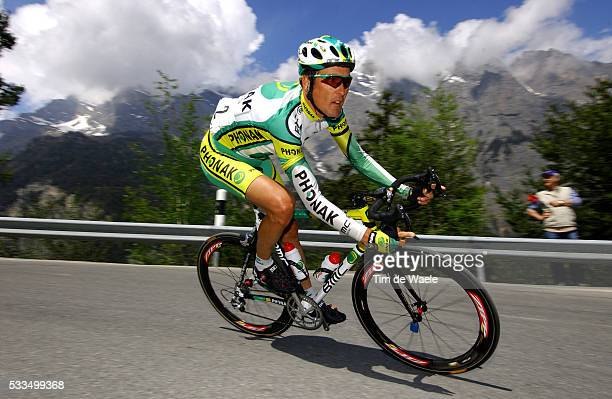 Cycling, 2004 Tour of Romandie. Alex Zuelle during stage 4. Cyclisme, Tour de Romandie 2004. Alex Zuelle dans la quatrième étape.