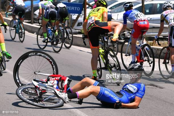 28th Tour of Italy 2017 / Women / Stage 9 Maria Giulia CONFALONIERI / Crash / Palinuro Polla 444m / Women / Giro Rosa /