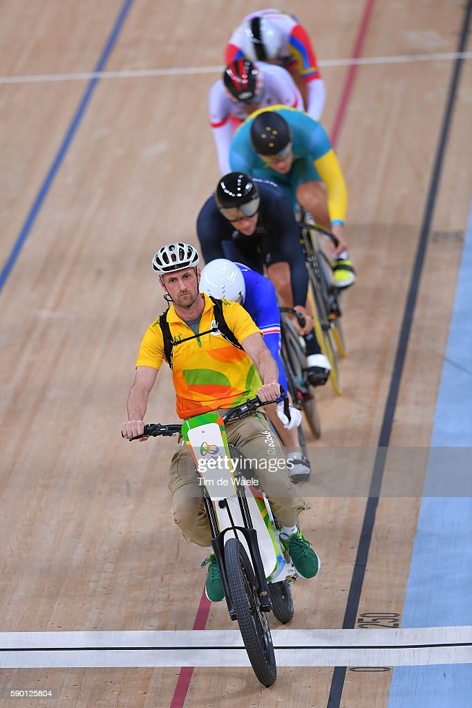 Cycling: 31st Rio 2016 Olympics / Track Cycling: Men's Keirin First Round - Heat 3 : News Photo