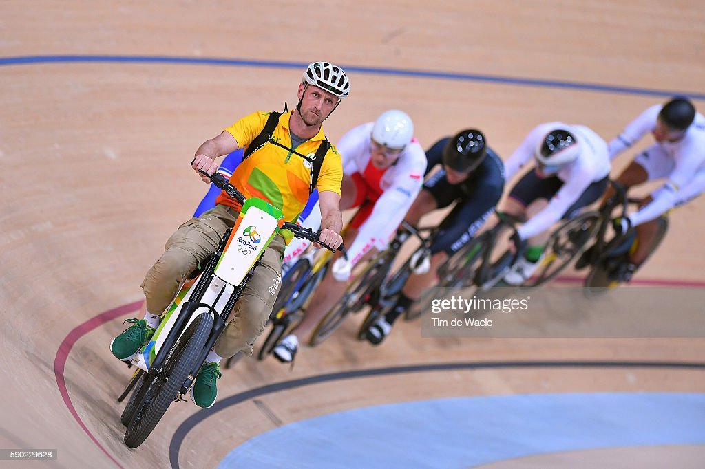 Cycling: 31st Rio 2016 Olympics / Track Cycling: Men's Keirin Second Round - Heat 2 : News Photo