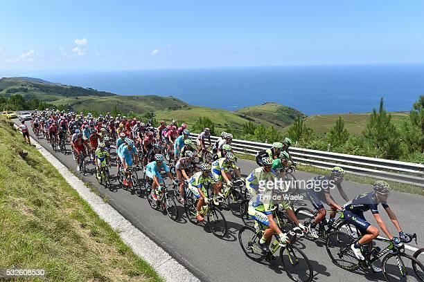 35th Clasica Ciclista San Sebastian 2015 Illustration Illustratie/ Peloton Peleton/ Landscape Paysage/ Sea Mer/ Ocean/ San Sebastian - San Sebastian...