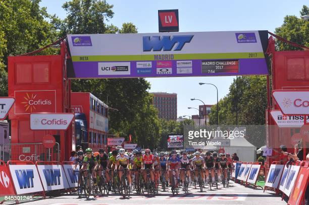 3rd Madrid Challenge by la Vuelta / Women Peloton / Finish Line / Madrid Madrid / Women / La Vuelta /