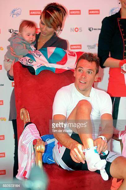 46th Amstel Gold Race 2011 Arrival / Philippe GILBERT + Allan GILBERT Son Fils Zoon + Patricia ZEEVAERT Wife Femme Vrouw /Celebration Joie Vreugde /...