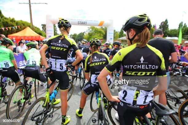 4th Santos Women's Tour 2018 / Stage 1 Start / Lucy KENNEDY / Annemiek VAN VLEUTEN / Gumeracha Gumeracha / Women / TDU /