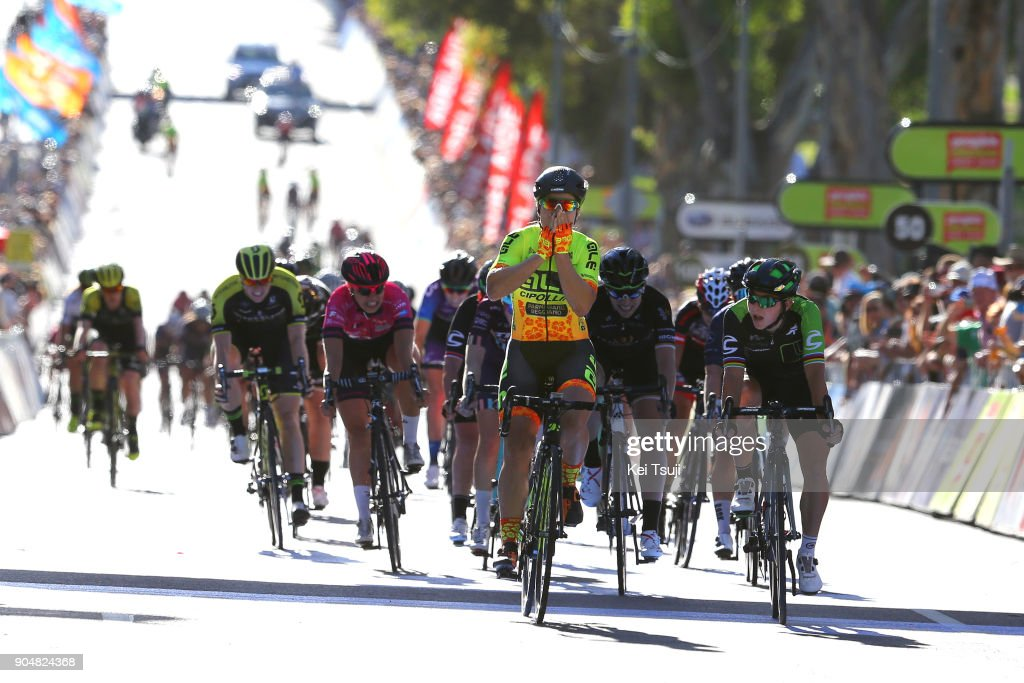 4th Santos Women's Tour 2018 / Stage 4 Arrival / Sprint / Chloe HOSKING (AUS) Celebration / Giorgia BRONZINI (ITA)/ Annette EDMONDSON (AUS)/ Wakefield Road - Wakefield Road (46km) / Women / TDU /