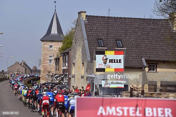 50th Amstel Gold Race 2015 Illustration Illustratie / Peleton Peloton / Fans Supporters Flag Drapeau Vlag VANENDERT Jelle / Landscape Paysage...