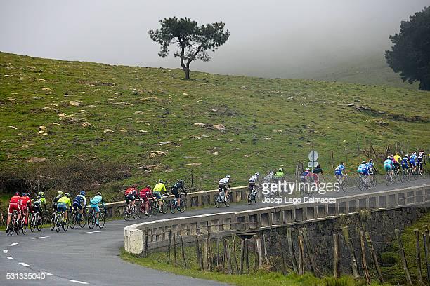 56th Vuelta Pais Vasco 2016 / Stage 4 Illustration Illustratie/ Peloton Peleton/ Landscape Paysage/ Lesaka - Orio Tour Ronde Baskenland/ Etape Rit/...