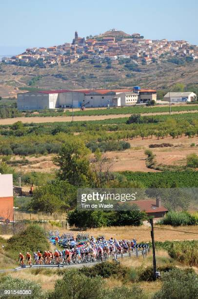 65Th Tour Of Spain 2010 Stage 13Illustration Illustratie Peleton Peloton Landscape Paysage Landschap Corera City Ville Stad /Rincon De Soto Burgos /...