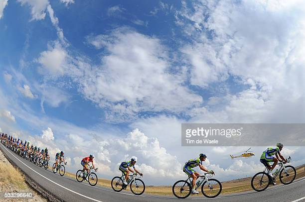 65th Tour of Spain 2010 / Stage 19 Illustration Illustratie / Peleton Peloton / Sky Ciel Lucht Hemel / Vincenzo NIBALI Red Jersey / Landscape Paysage...