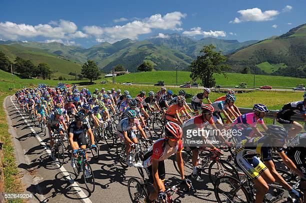66th Tour of Spain 2011 / Stage 18 Illustration Illustratie / PUERTO DE BRAGUIA 725m / Peleton Peloton Mountains Montagnes Bergen / Landscape Paysage...