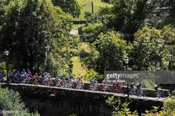 66th Tour of Spain 2011 / Stage 18 Illustration Illustratie / Peleton Peloton / Brigde Pont Brug / Landscape Paysage Landschap / Solares - Noja / La...