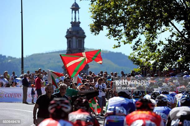 66th Tour of Spain 2011 / Stage 19 Illustration Illustratie / BASQUE Fans Supporters Publuc Publiek / Peleton Peloton / Noja - Bilbao / La Vuelta /...