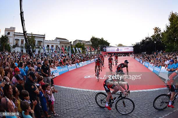 69th Tour of Spain 2014 / Team Presentation BMC Racing Team / Illustration Illustratie / EVANS Cadel / Public Publiek Spectators / Fans Supporters /...
