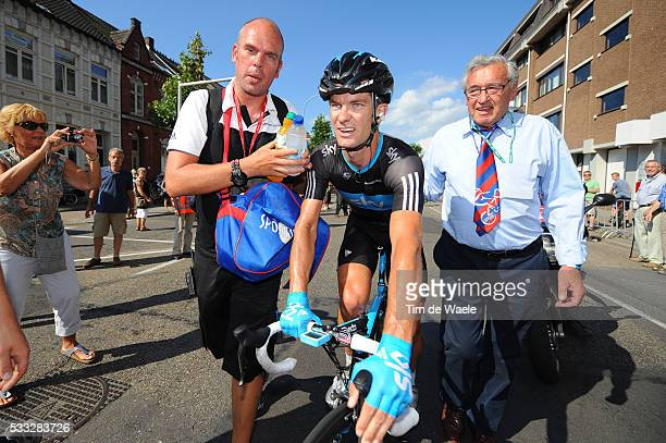 6th Eneco Tour / Stage 4 Arrival / Gregory HENDERSON / Maarten Soigneur Kine Verzorger / SintLievensHoutem Roermond / Stage Rit / Tim De Waele |...