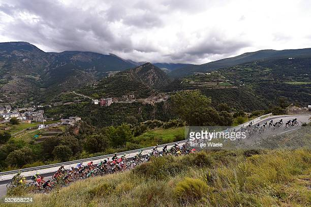 70th Tour of Spain 2015 / Stage 11 Illustration Illustratie / Peleton Peloton / Collada de la Gallina Mountains Montagnes Bergen / Landscape Paysage...