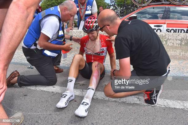 72nd Tour of Spain 2017 / Stage 9 Steven BEX Doctor Medic / Team Lotto Soudal / Jens DEBUSSCHERE / Crash / Injury / Doctor / Medical / Orihuela...