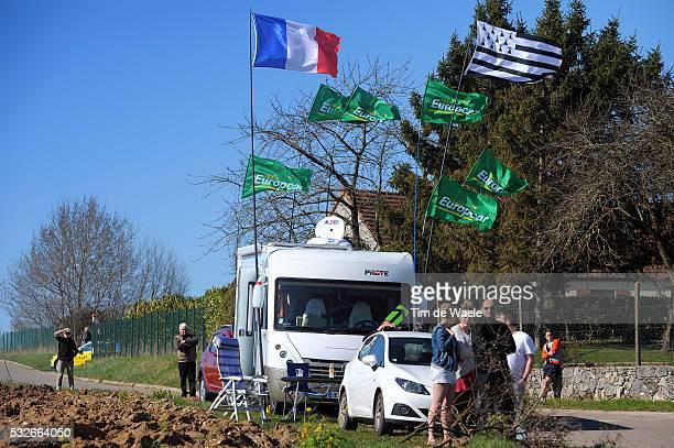72th Paris Nice 2014 / Stage 1 Illustration Illustratie / Flag Drapeau Vlag Fans Supporters / Team Europcar / ManteslaJolie ManteslaJolie / PN Etape...