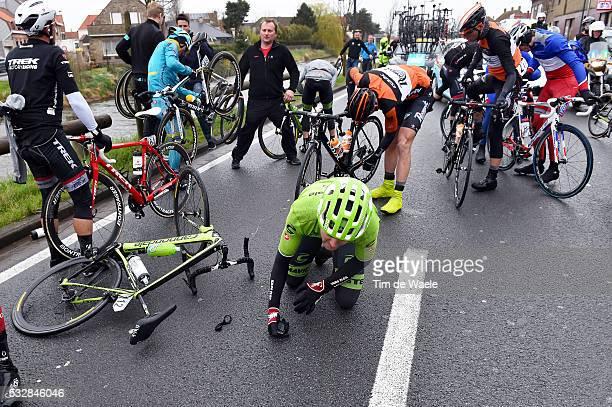 77th Gent Wevelgem 2015 BAUER Jack / Crash Chute Val / Gent Wevelgem / Ghent Gand Flanders Classics / Tim De Waele