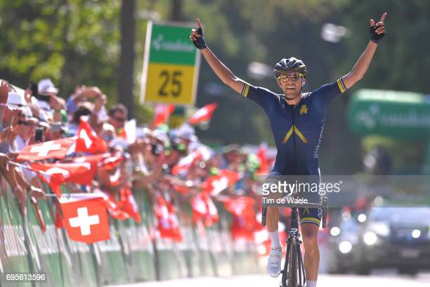 81st Tour of Switzerland 2017 / Stage 4 Arrival / Larry WARBASSE / Celebration / Bern VillarssurOllon 1327m / TDS/