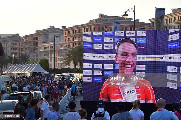 89th Road World Championships 2016 / Men Juniors Podium / Jakob EGHOLM Gold Medal Celebration / Illustration / Screen/ Fans / Public / The Pearl...