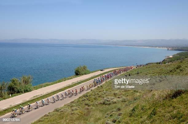 90E Giro D'Italia Stage 2 Illustration Illustratie Peleton Peloton Landscape Paysage Landschap Sea Mer Zee Tempio Pausania Bosa Tour Italy Ronde Van...
