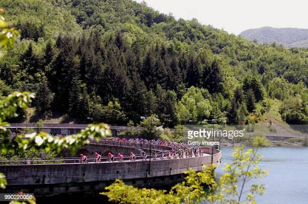 Giro D?Italia, Stage 8Illustration Illustratie, Peleton Peloton, Lake Lac Meer, Team T-Mobile, Landscape Paysage Landschap, Barberino Di Mugello -...
