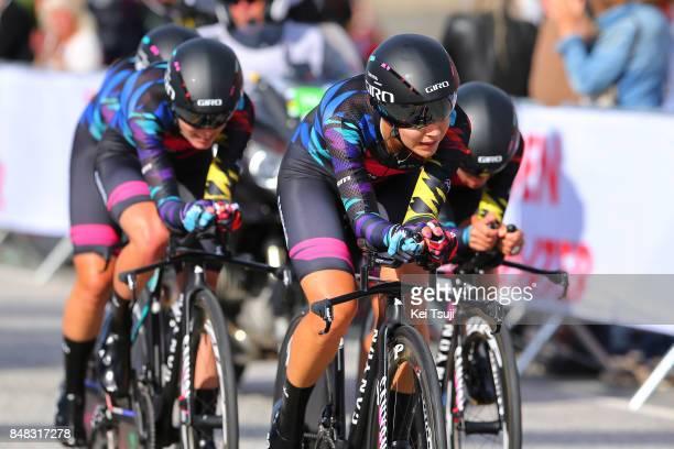 90th Road World Championships 2017 / TTT Women Elite Alexis RYAN / Hannah BARNES / Team Canyon Sram Racing / Public / Fans / Ravnanger Bergen / Women...